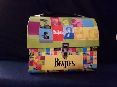 Beatleslunchgoblue2